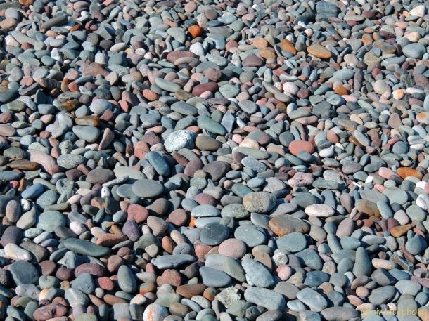 DSCN0240-beach stones-Campobello