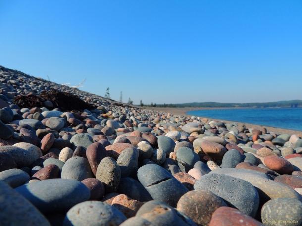 DSCN0251-beach stones, campobello