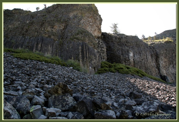 Columner Basalt and Talus Slope.
